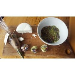 L'aillée - Épice à base de fleurs d'ail du Québec , flocons d'érable et fleurs comestibles